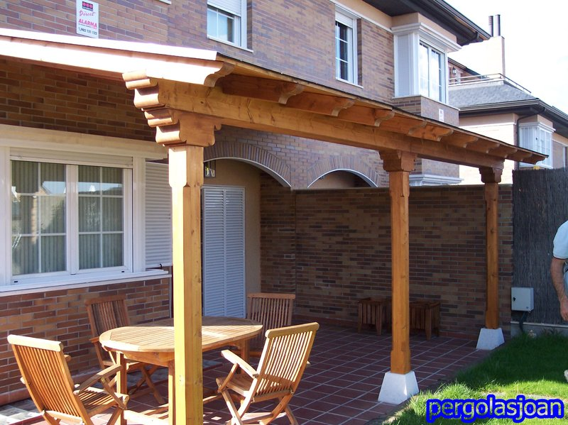 Porche de madera adosado en kit de 5 5x3 5m pergomob for Porche jardin madera